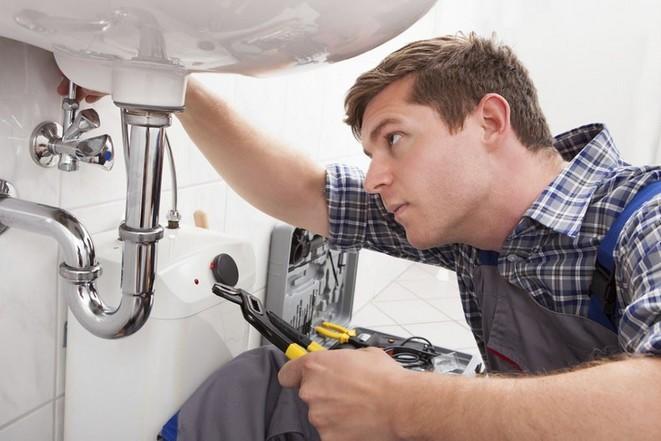 Votre plombier depannage marseille réactif et compétent pour vos fuites d'eau, de gaz, canalisations bouchées, panne de chaudière, de chauffe-eau
